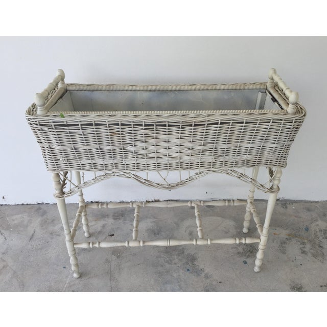 Antique White-Painted Wicker & Wood Planter - Image 7 of 9