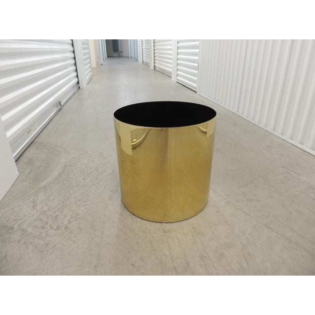 Late 20th Century Large Mid-Century Modern Gold Color Round Planter For Sale - Image 5 of 5