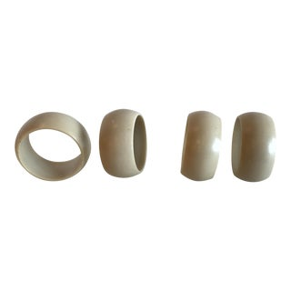 Cream Colored Plastic Napkin Rings - Set of 4 For Sale