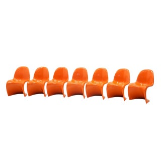 Set of Seven Orange Verner Panton S Chairs, Early Herman Miller Production