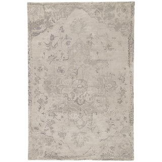 Jaipur Living Sasha Handmade Medallion Taupe Area Rug - 2′ × 3′ For Sale