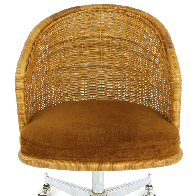 Metal 1960s Mid-Century Modern Daystrom Rattan & Stainless Steel Swivel Chairs - Set of 6 For Sale - Image 7 of 13