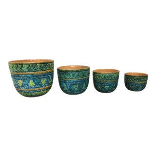 Vintage Mid-Century Raymour Italian Art Pottery Nesting Bowls - Set of 4 For Sale