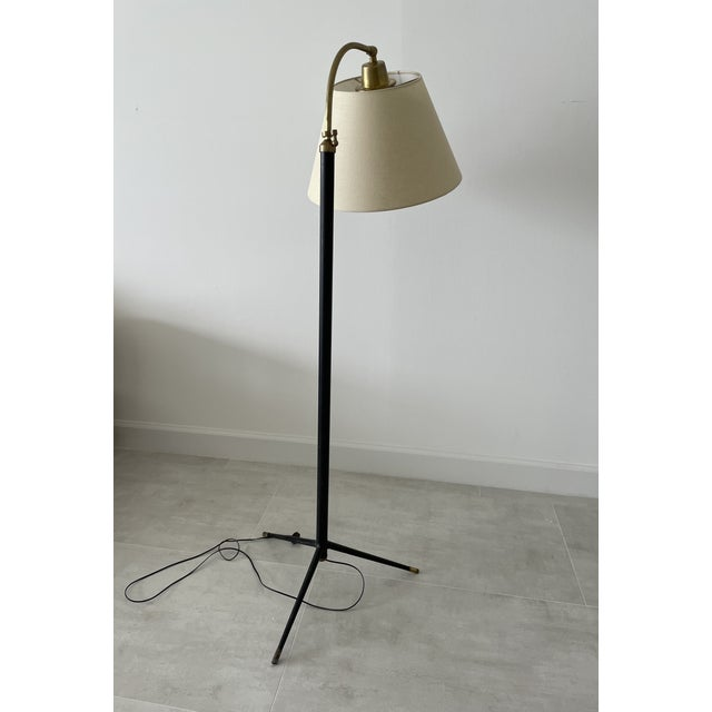 Mid-Century Modern 1950s Jacques Adnet-Style Floor Lamp For Sale - Image 3 of 7
