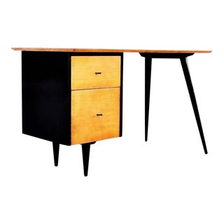 "Two-Tone Paul McCobb ""Planner Group"" Desk For Sale"