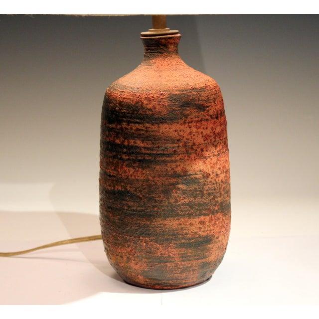 Polia Pillin Vintage Polia Pillin Pottery Lava Sand Textured Mid Century Mid-Century Modern Studio Vase Lamp For Sale - Image 4 of 9
