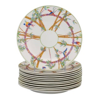Tropical Birds Amongst Bamboo Set of 12 Plates, George Jones & Sons for Tiffany & Co. For Sale