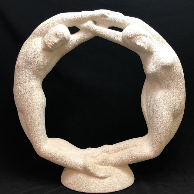 "Haeger Vintage Textured Haeger Eternity ""Circle of Love"" Statue For Sale - Image 4 of 10"
