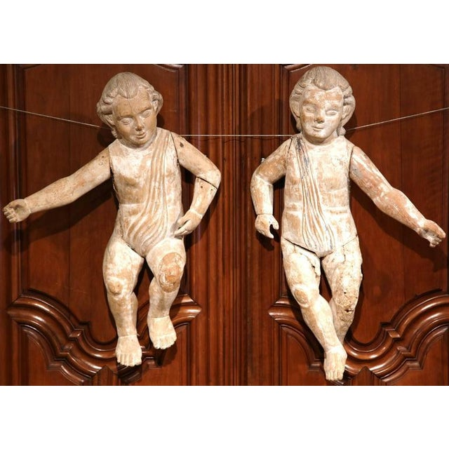 Mid-18th Century Italian Hand-Carved White Wash Cherubs - A Pair For Sale In Dallas - Image 6 of 10