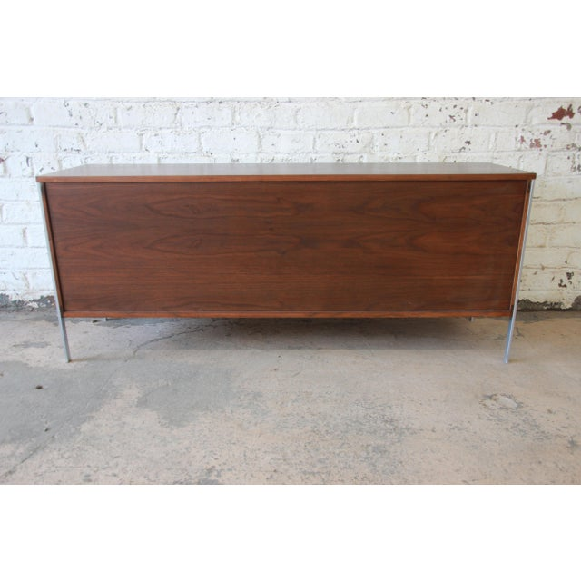 Paul McCobb Area Plan Units Mid-Century Modern Walnut Low Credenza For Sale - Image 10 of 14