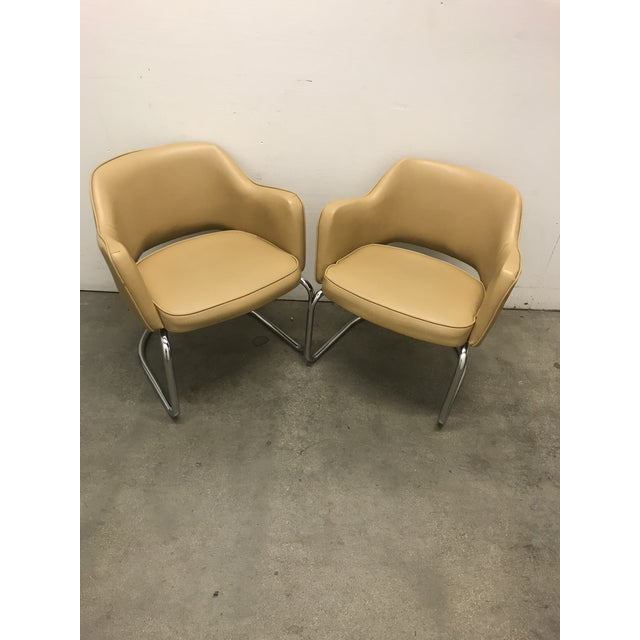 Seat 19 mod century modern -vintage Space age arm chairs. Great form and quality , attrib. Knoll