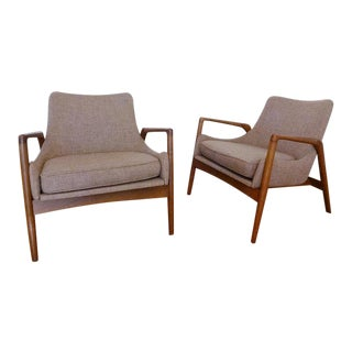 Kofod Larsen Mid Century Danish Modern Lounge Chairs - a Pair For Sale