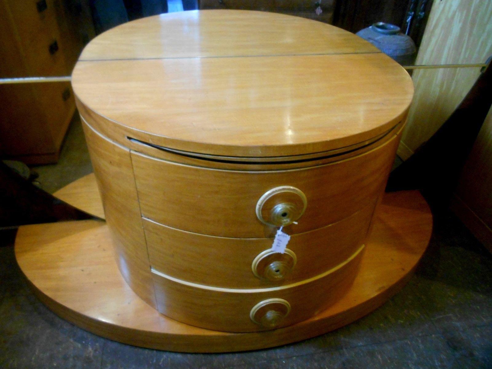 Wood 1930u0027s Vintage Art Deco Vanity Table With Moon Mirror For Sale   Image  7 Of