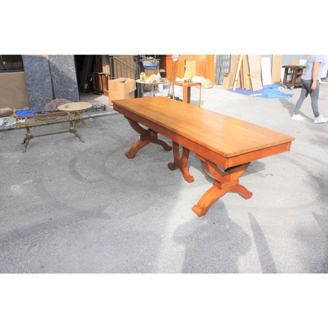 1940s French Country Solid Sycamore Tulip Base Dining Table For Sale - Image 10 of 13