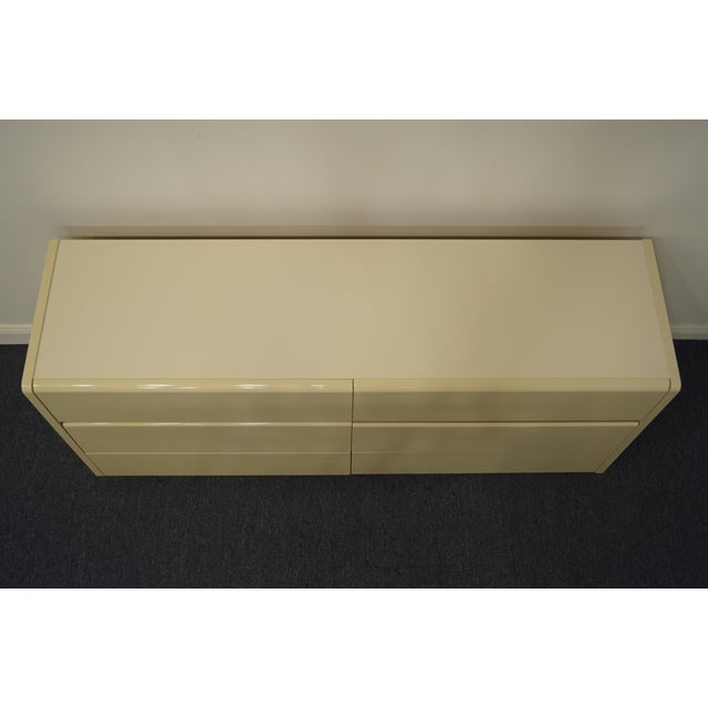 Late 20th Century Lane Furniture Contemporary Cream/Off White Lacquered Double Dresser For Sale - Image 5 of 13