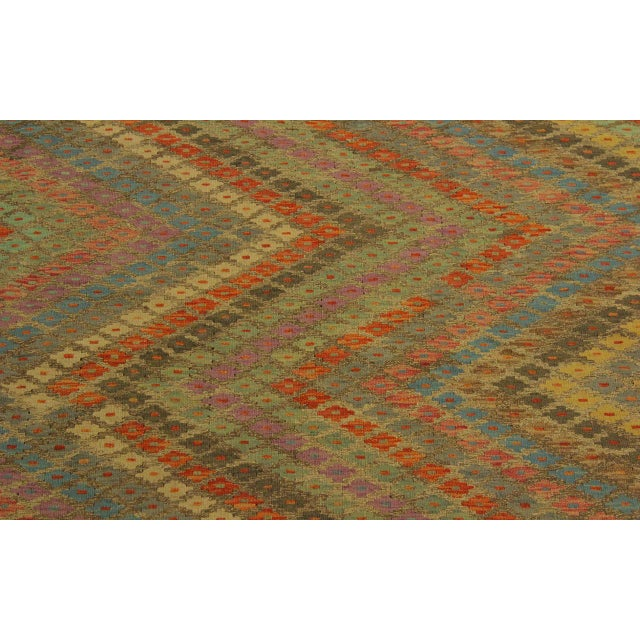 Contemporary Tribal Edgardo Gray/Blue Hand-Woven Kilim Wool Rug -6'9 X 9'7 For Sale In New York - Image 6 of 8