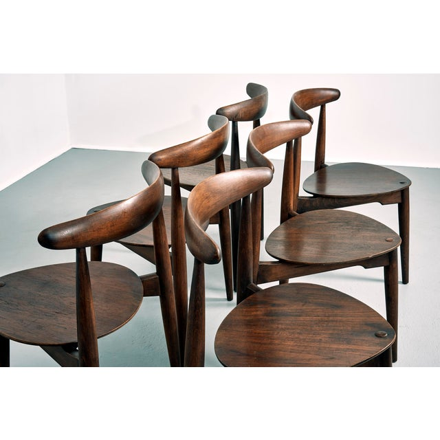 Mid-Century Modern Hans Wegner for Fritz Hansen Heart Dining Set With 6 Chairs, Circa 1950's For Sale - Image 3 of 7
