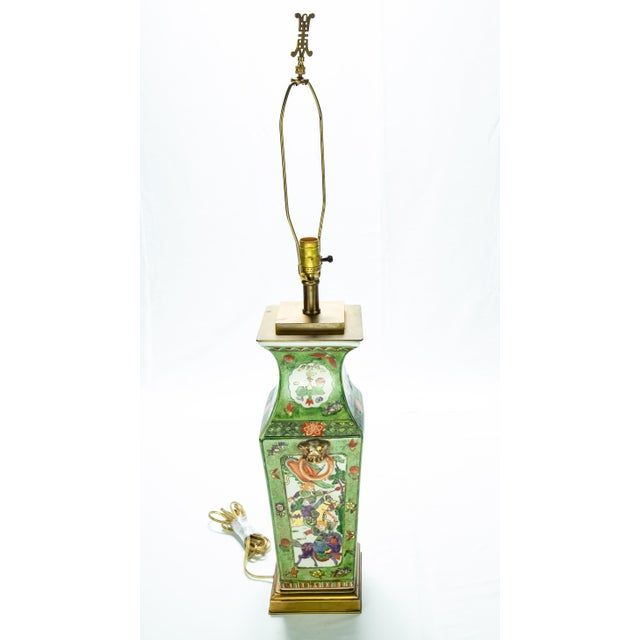 Metal Vintage Chinese Rose Medallion Hand Painted Table Lamp For Sale - Image 7 of 13