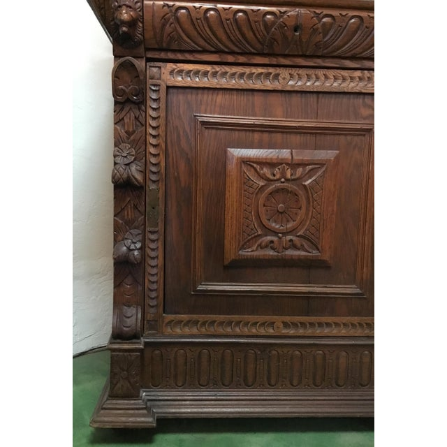 Wood 19th Century Belgian Hunt Cabinet For Sale - Image 7 of 13