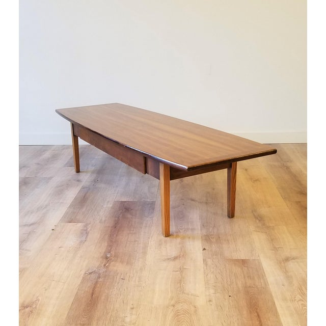 Mid 20th Century Stanley Teak Surfboard Coffee Table With Drawer For Sale - Image 5 of 8