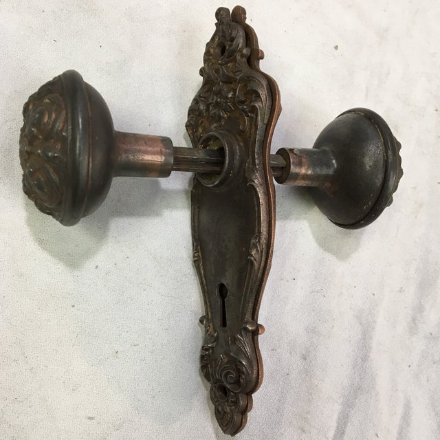 Antique Style Victorian Filigree Copper Finish Back Plates and Doorknobs For Sale - Image 11 of 11