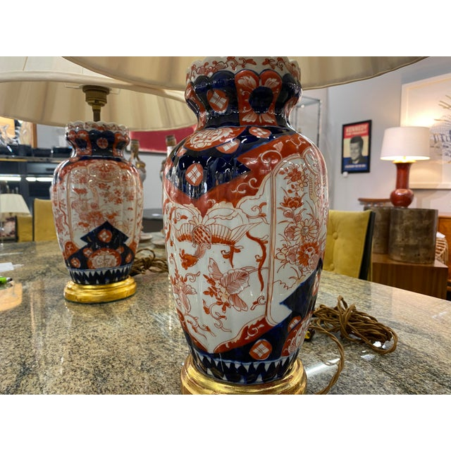 Late 19th Century Antique Imari Lamps with Gilt Bronze Mounts - a Pair For Sale - Image 5 of 10