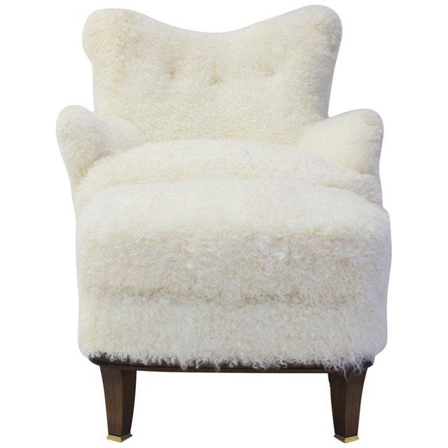 Upholstered Ottoman Shown With Willow Club Chair Covered in Shearling For Sale In New York - Image 6 of 6
