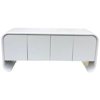 1980s Hollywood Regency White Lacquered Waterfall Credenza For Sale