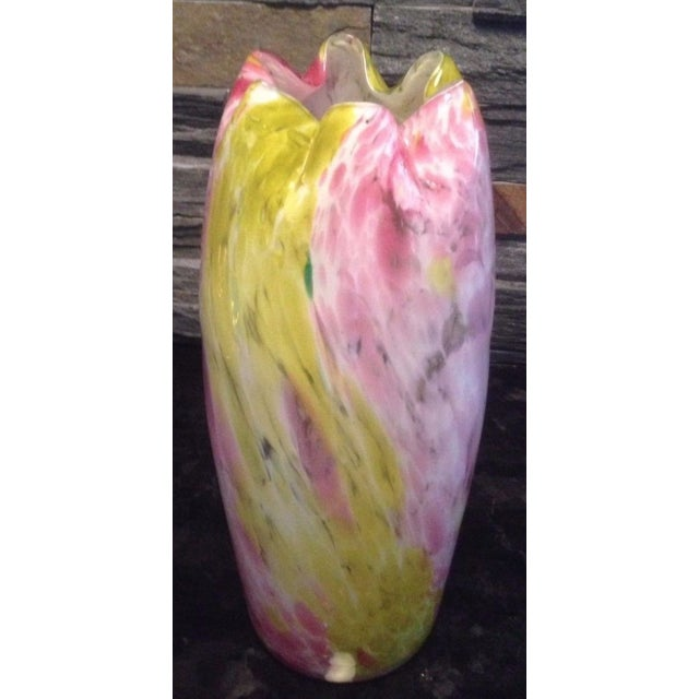 Antique Legras Marbled Pink & Yellow Spatter Glass Ruffled Rim Vase For Sale In New York - Image 6 of 8