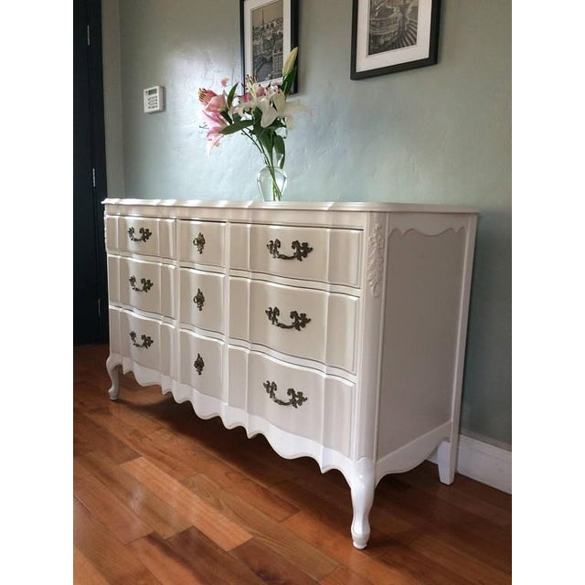 Solid Wood Two-Tone French Provincial Dresser - Image 2 of 9