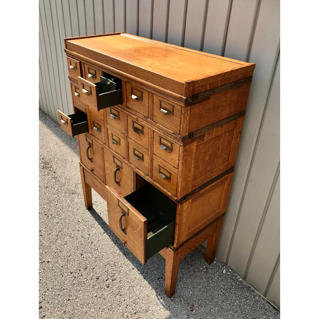 Antique Globe-Wernicke Arts and Crafts Era Tiger Oak Library Card Catalog Filing Cabinet For Sale - Image 11 of 13