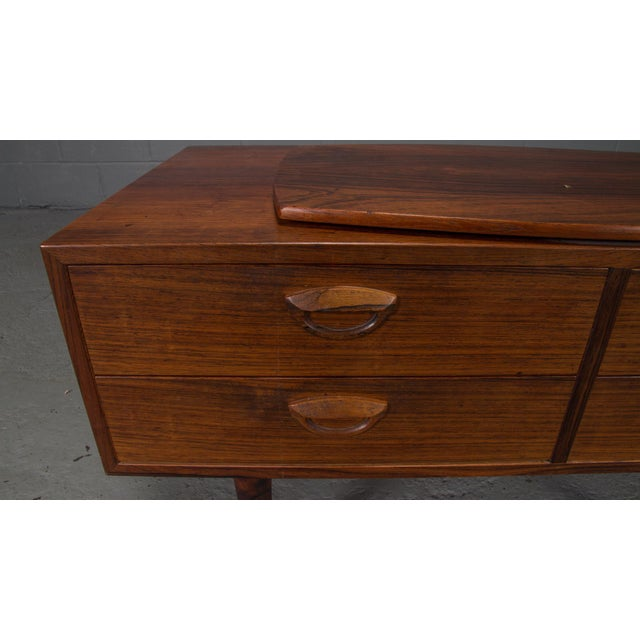 Brown 1950s Danish Modern Kai Kristiansen Rosewood Chest For Sale - Image 8 of 11