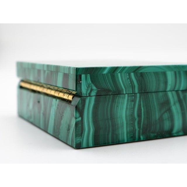 Malachite Semi-Precious Stone Box For Sale In New York - Image 6 of 8