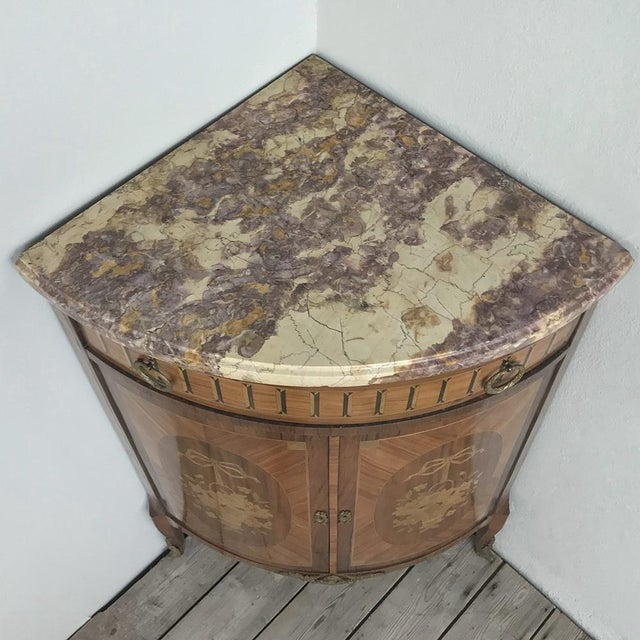 19th Century French Louis XVI Marquetry Marble Top Corner Cabinet For Sale In Dallas - Image 6 of 13