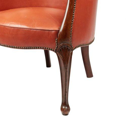 Late 18th Century 1780s English George III Mahogany and Leather Desk Chair For Sale - Image 5 of 10