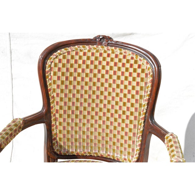 Brown Vintage Louis XV Fauteuil in Cut Velvet For Sale - Image 8 of 8