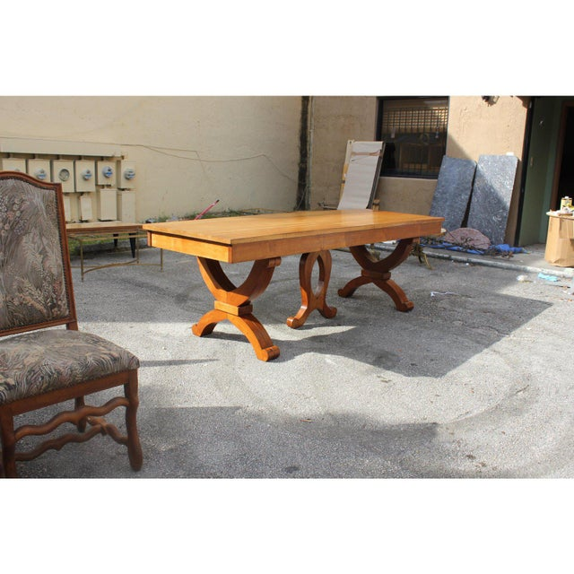 1940s French Country Solid Sycamore Tulip Base Dining Table For Sale - Image 9 of 13