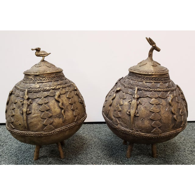 African Mid 20th Century Ashanti Brass Kuduo Pots From Ghana - a Pair For Sale - Image 3 of 7