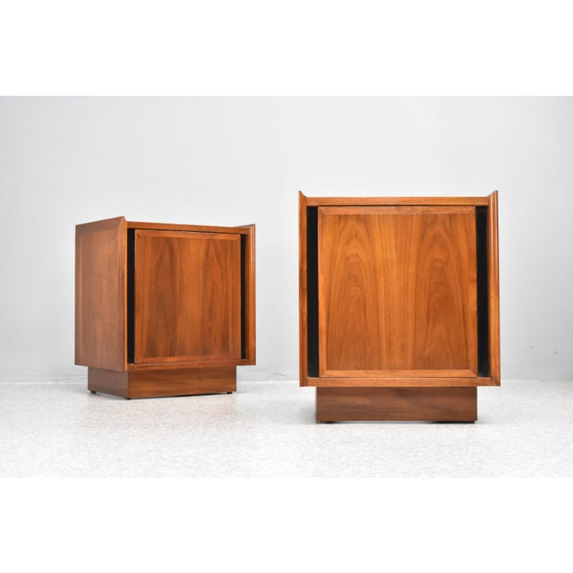1960s Mid-Century Nightstands by Dillingham - a Pair For Sale - Image 5 of 13