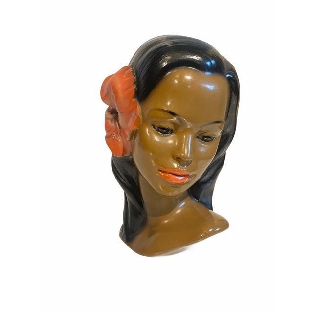 1950s Tiki Mid-Century Hawaiian Wahine Chalkware Womans Bust For Sale - Image 9 of 9