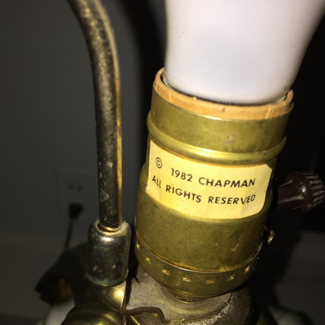 Dorothy Draper Style Chapman Brass Bow Swag Ceramic Lamp For Sale - Image 4 of 11