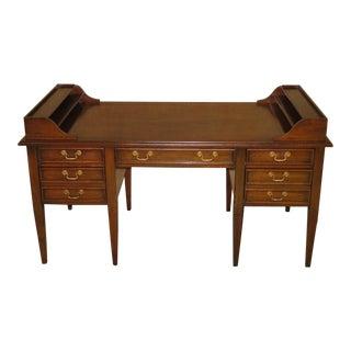 1970s Federal Sligh Furniture Desk with Finished Back For Sale