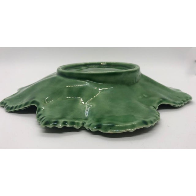 "Vintage Majolica ""Cabbage"" Dark Green Leaf Salad or Serving Plate For Sale In Los Angeles - Image 6 of 9"