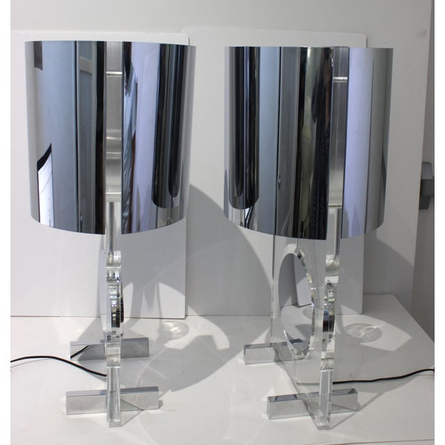 Vintage Karl Springer Attributed Table Lamps Rotating Discs Lucite Chrome - a Pair For Sale In West Palm - Image 6 of 11