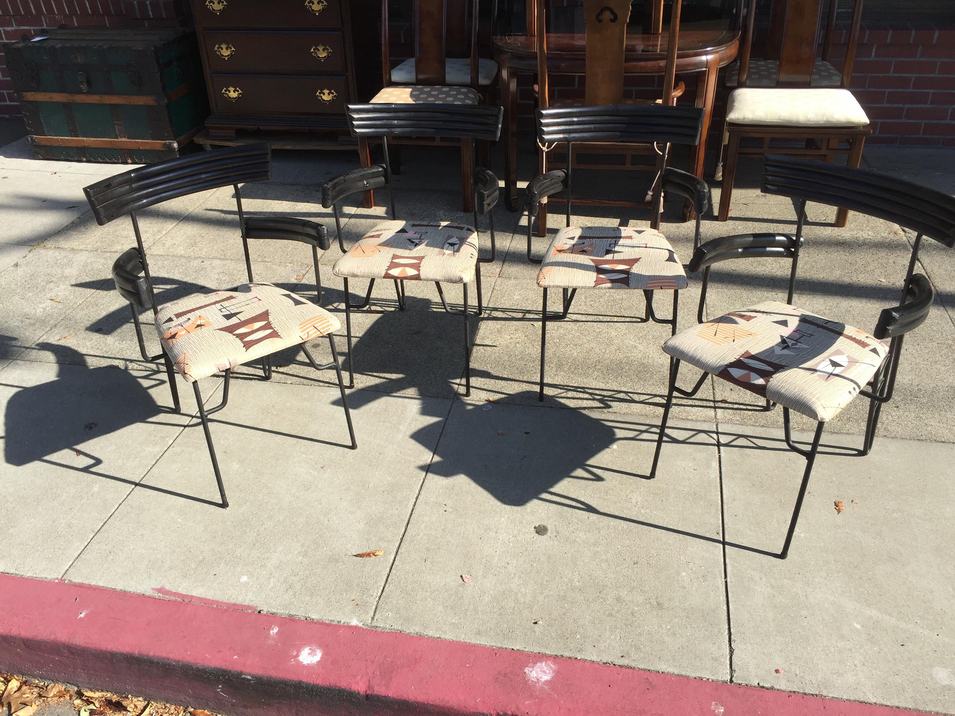 4 Mid Century Modern Chairs Atomic Age   Image 2 Of 9