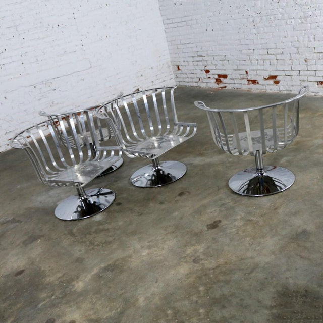Silver Polished Aluminum Tulip Shaped Swivel Lounge Chairs by Russell Woodard - Set of 4 For Sale - Image 8 of 11