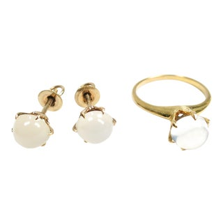 Victorian Moonstone & 10k Gold Solitaire Ring & Earrings Set, 1880s For Sale