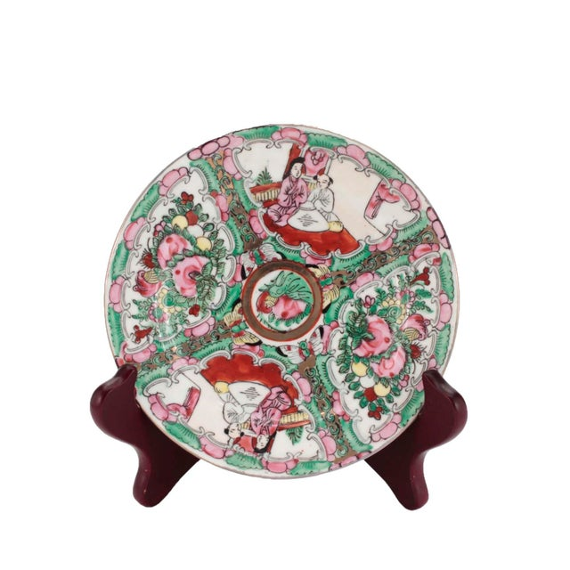 Chinese Porcelain Famille Rose Medallion Dishes, Service for 7 For Sale In Los Angeles - Image 6 of 10