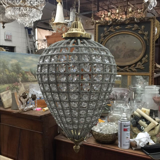 Gorgeous chandelier perfect to enhance any space. Comes with chain and canopy.