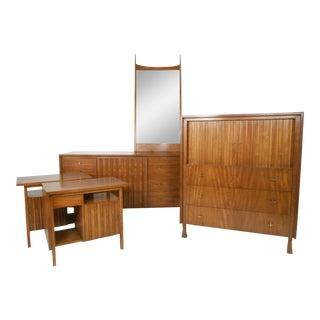 Mid-century Modern Bedroom Set by John Widdicomb - Set of 5 For Sale